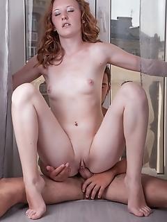 Amazingly slim girlfriend